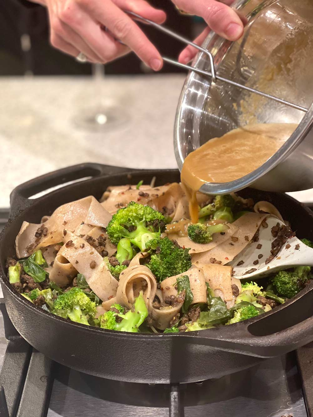 Joey-and-Katy-make-Dan-dan-noodles